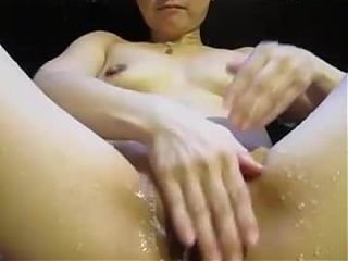 Asian woman is cleaning her cunt